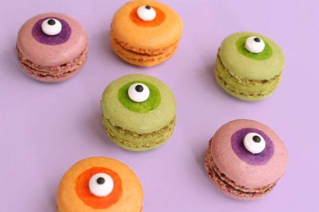 Monster Eye Macarons | A Sip of Bliss