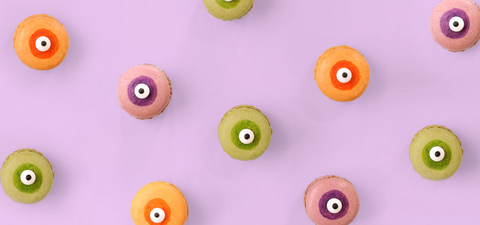 Monster Eye Macarons | A Sip of Bliss